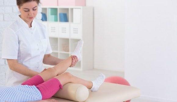 Artrita reumatoidă juvenilă – ce este si cum se tratează