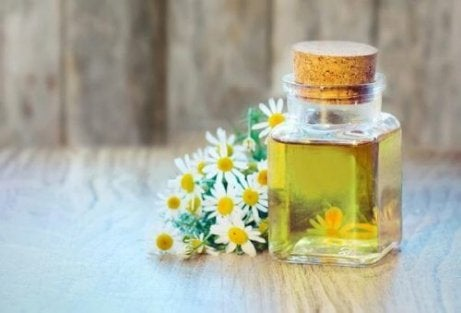 Amestec pur de uleiuri esențiale pentru reumatism