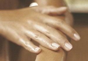umflarea cu artrita mâinilor