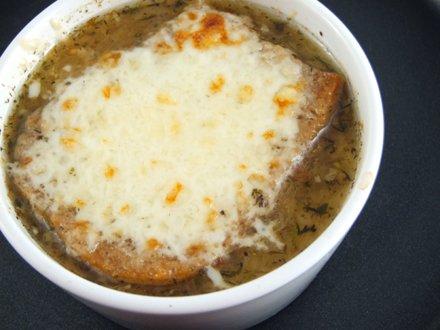 Supă de ceapă. Rețeta franțuzească | Rețete și vedete