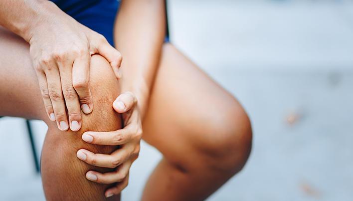 face clic în genunchi fără durere