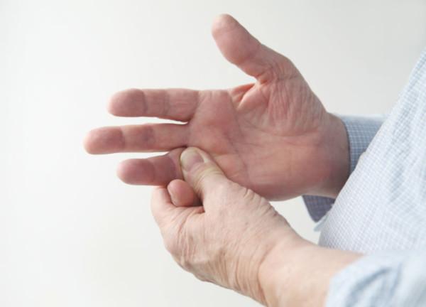 tratarea îmbinărilor cu monede de cupru ghemuit cu artroza genunchiului