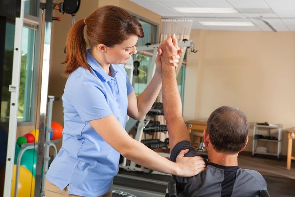 brațul dureros al articulației umărului nu se ridică