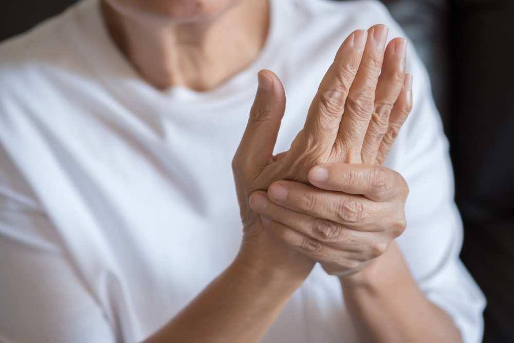 inflamația articulației simptomelor degetului