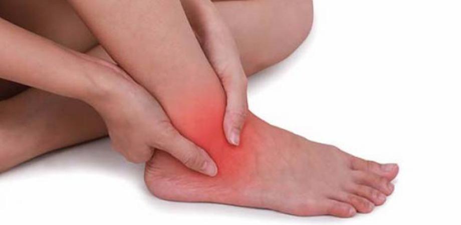 Mâncărimea pielii - Dureri de gleznă și crăpături