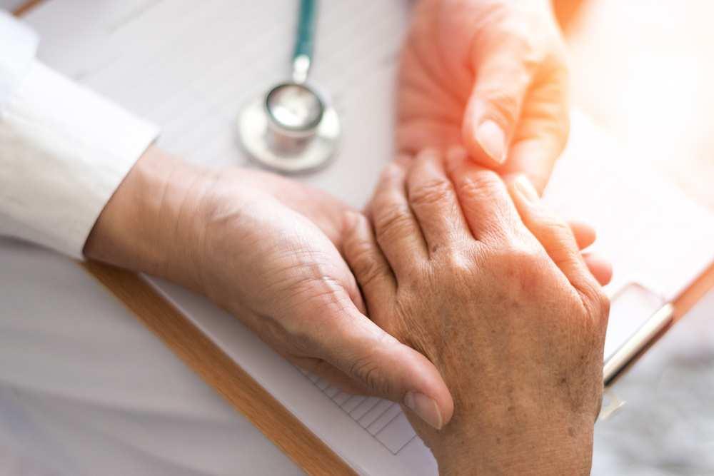 artrita simptome de gleznă și tratament la domiciliu o lovitură pe articulație doare