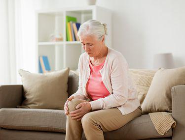 băi terapeutice pentru durerile articulare unguent anestezic pentru mușchi și articulații