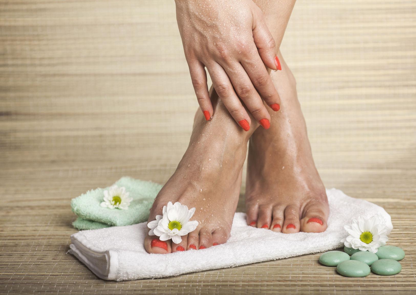 artrita picioarelor cum să o tratezi de ce se doare unghiile și articulațiile mâinilor