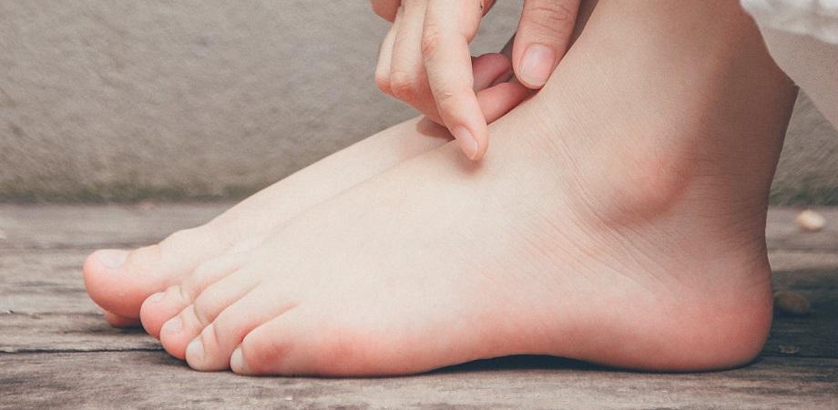 dureri articulare și călcâiul drept