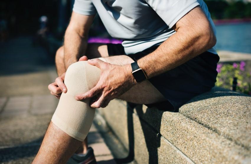 sinovita timpului de tratament al articulației genunchiului artroza gleznei tratament naturist
