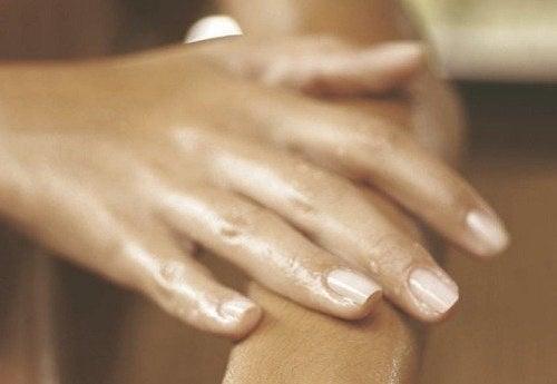 Umflarea mâinilor