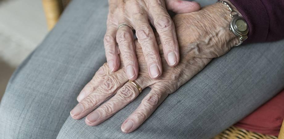 semne ale artritei și artrozei articulației cum se tratează artroza artroza gleznei