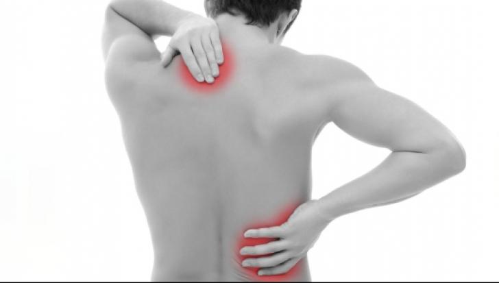20 de exerciții care o să vă ajute să ameliorați durerile de spate