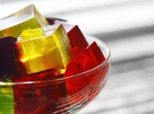 Gelatină comestibilă. în tratamentul artrozei, Componente utile și proprietăți ale gelatinei
